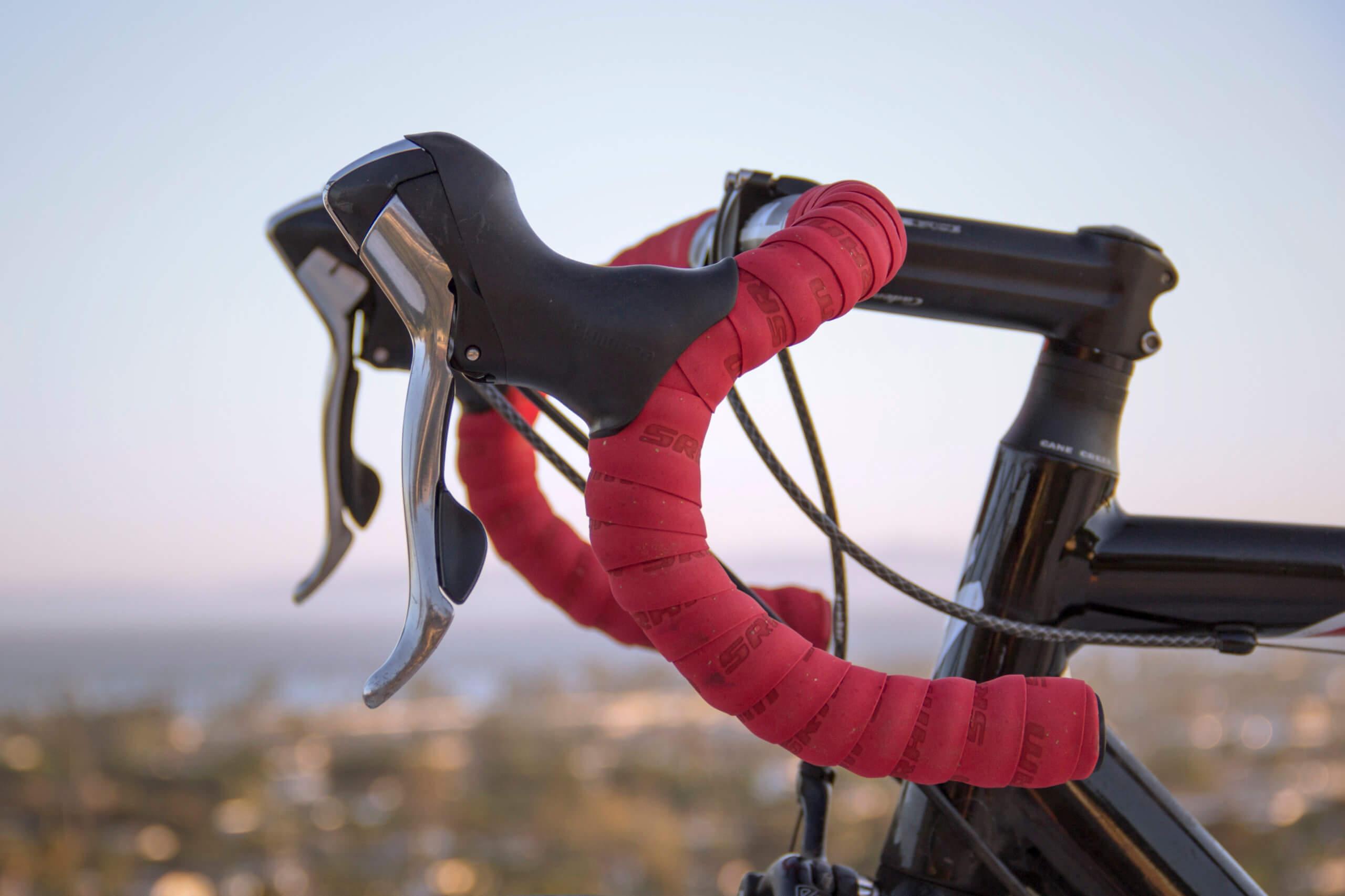 ロードバイクを外置き保管するのはやっぱりダメ? 外置きできるグッズの紹介