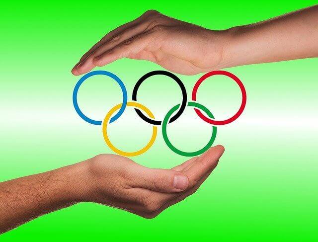 東京オリンピックの公式ウエア 公式シューズ 公式グッズ 購入可能です